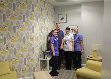 Hospital staff raise money and revamp relaxation room in their own time